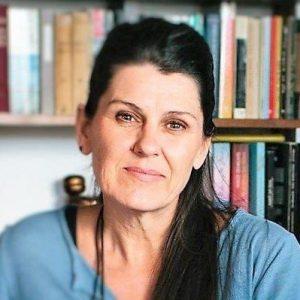 iatropedia.gr – Φαρμακευτική κάνναβη και γονείς σε απόγνωση για την χρήση της: Συνέντευξη της εκπροσώπου του ΜΑΜΑΚΑ